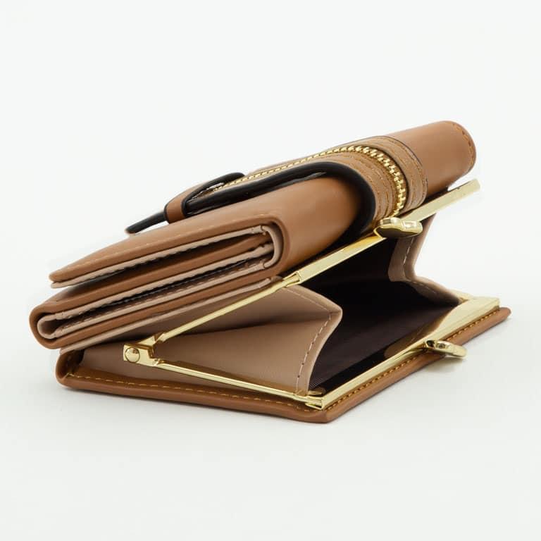 کیف پول قهوه ای دکمه ای